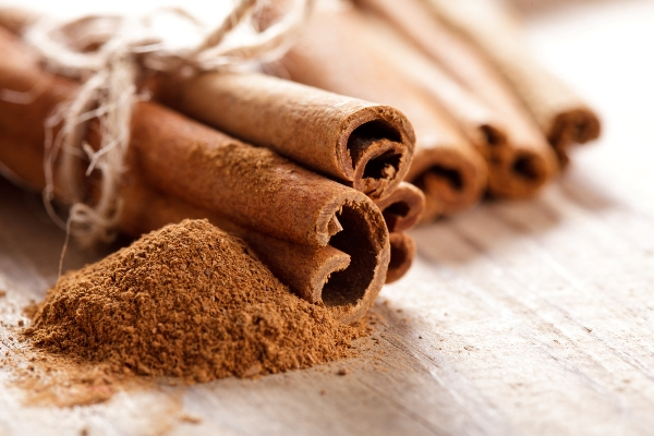 Home Remedies for Oral Thrush: Cinnamon