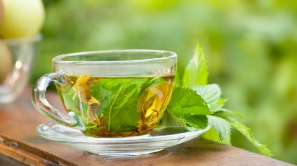 soothing-with-peppermint-tea